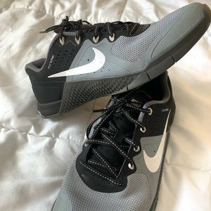 Nike Metcon 1s Black/Grey - woman's size 7